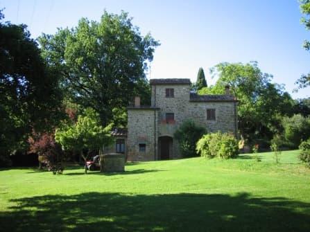 Вилла в Лучиньяно Тоскана
