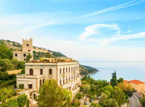 Ventimiglia prestigious apartment for sale