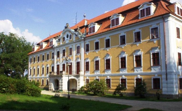 замки чехии продажа