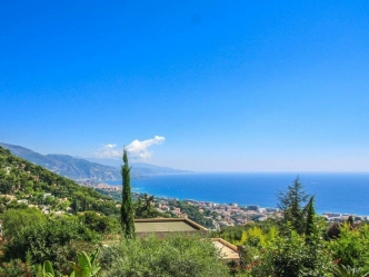Sea view villa in Roquebrune Cap Martin