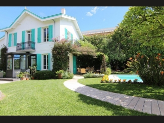 Luxury villa for sale in Cap d'Antibes
