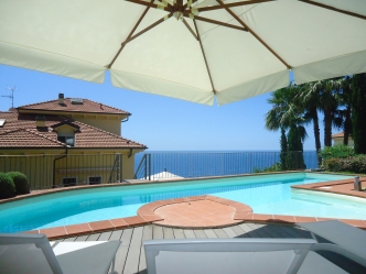 Ospedaletti sea view apartment for sale