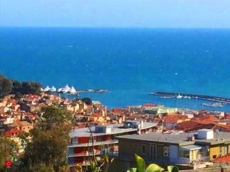 Sanremo Terreno vista mare in vendita