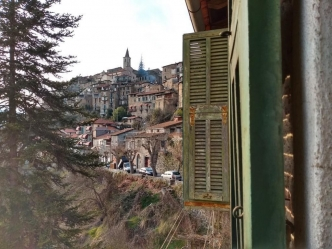 Apricale apartment to renovate