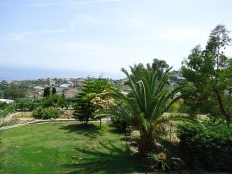 Luxury sea view villa for sale in San Remo