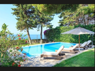 Luxury villa for sale in San Remo