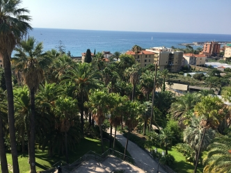 Apartment in luxury residence in Bordighera