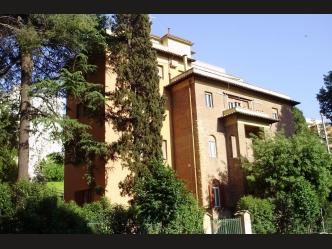 Роскошный дом на продажу в Риме