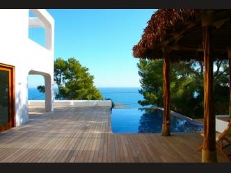 Superb villa for sale in Denia