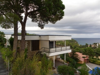 Blanes Villa In Vendita