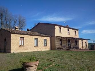 Ферма на продажу в провинции Сиены