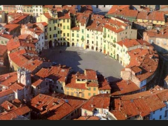 Lucca Rustic House For Sale