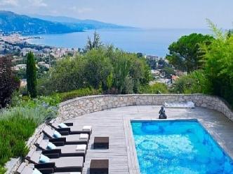 Modern villa in Roquebrune-Cap-Martin