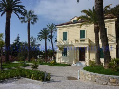 Sanremo Apartment For Sale<br />6/8