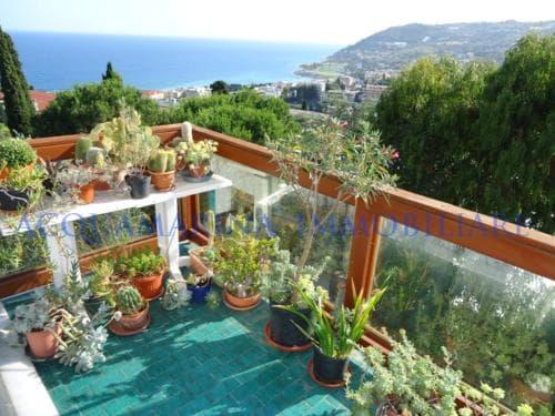 Sanremo Apartment For Sale<br />6/11