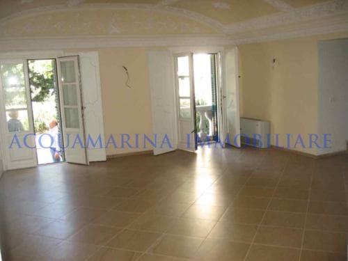 Albissola Marina Apartment For Sale<br />3/8
