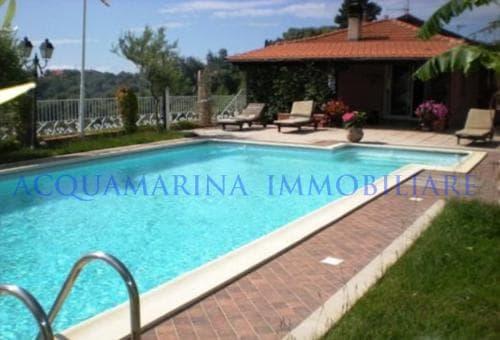 Civezza Villa For Sale<br />2/8