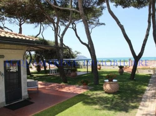 Porto Santo Stefano Villa For Sale<br />2/8