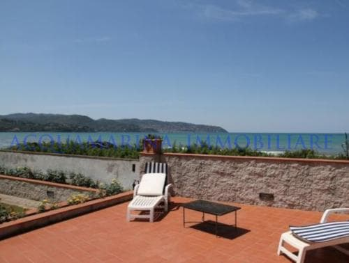 Porto Santo Stefano Villa For Sale<br />5/8