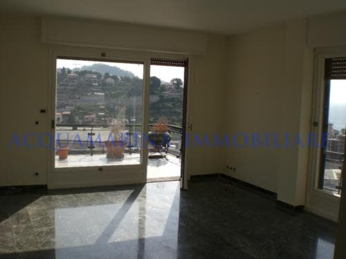 Sanremo Penthouse For Sale<br />4/8