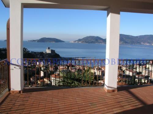 Lerici Villa For Sale<br />2/8