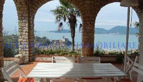 Lerici Villa For Sale<br />3/8