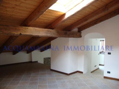 Savoulx Appartamento In Vendita<br />6/8