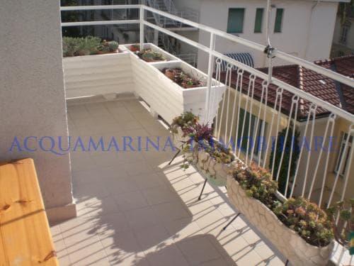 Sanremo Appartamento Vista Mare In Vendita<br />7/8