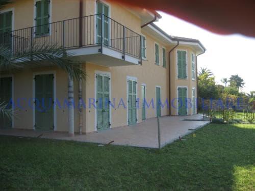 Bordighera Villa seaview for sale<br />2/5