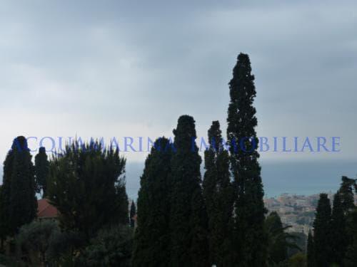 Bordighera Villa seaview for sale<br />5/5