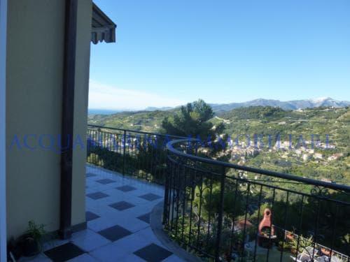 Vallebona Apartment  in Villa sea view for sale<br />3/8