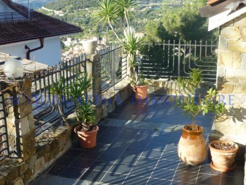Vallebona Apartment  in Villa sea view for sale<br />5/8