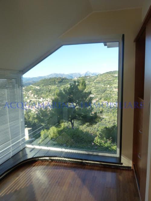 Vallebona Apartment  in Villa sea view for sale<br />6/8