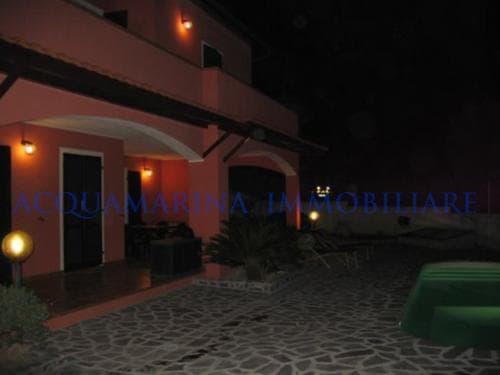 Diano Marina Villa in vendita<br />7/8