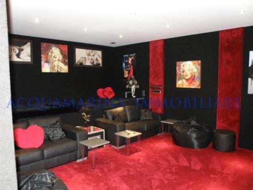 cannes luxury villa<br />3/8