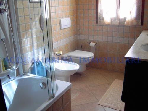 Bordighera villa  for sale<br />6/8