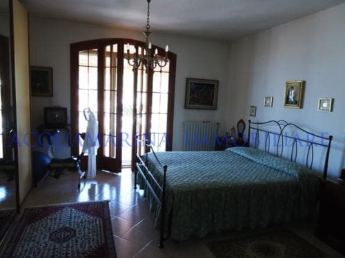 Vallecrosia Villa For Sale<br />5/12