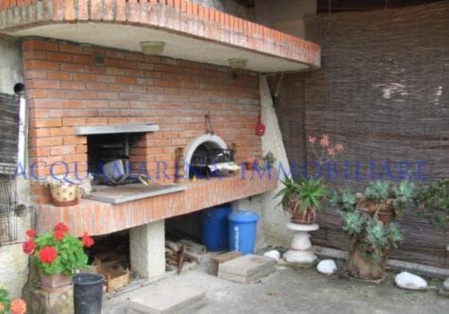 Vallecrosia Villa For Sale<br />8/12