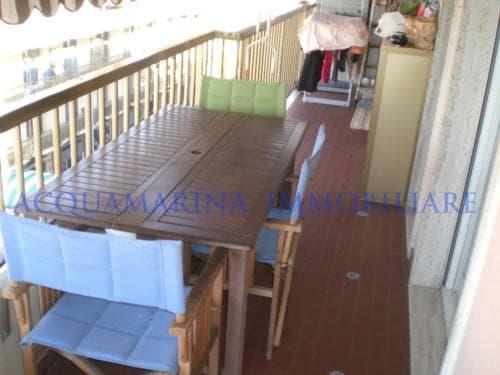 Ventimiglia Apartment For Sale With Seaview<br />6/8