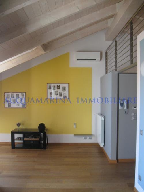 Ventimiglia penthouse sea view for sale<br />3/6
