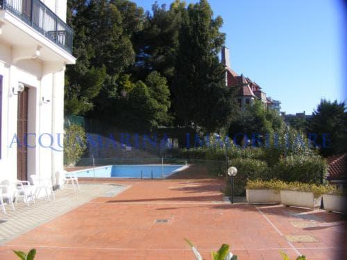 Bordighera Bilocale con piscina<br />4/5