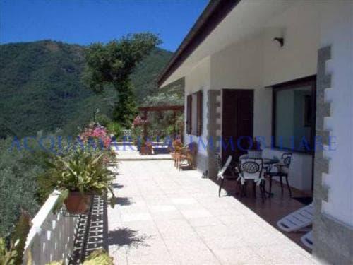Avegno Villa For Sale<br />3/8