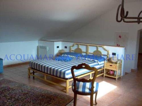 Avegno Villa For Sale<br />5/8