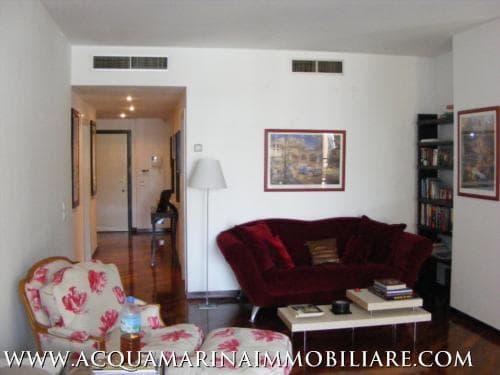 Montecarlo Appartamento vista mare<br />4/5