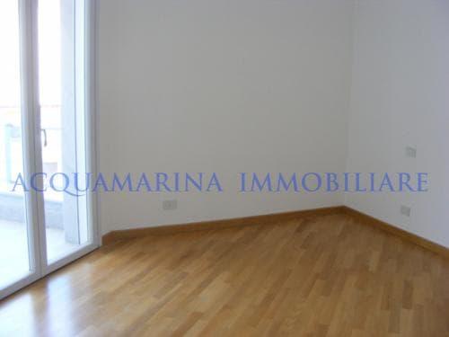bordighera appartamento <br />2/4