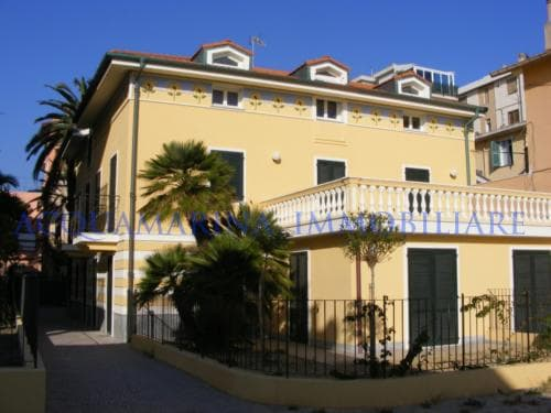 Bordighera appartamento vista mare in vendita<br />2/8