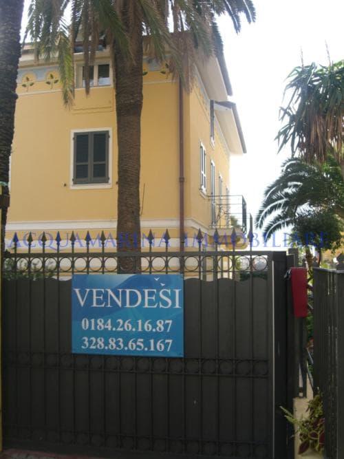 Bordighera appartamento vista mare in vendita<br />3/8