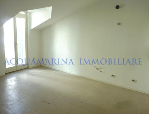 Bordighera appartamento vista mare in vendita<br />4/8