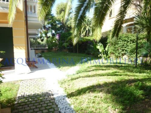 Bordighera bilocale con giardino in vendita<br />4/6
