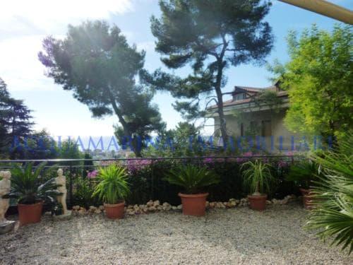 Vallecrosia Apartment Sea view for sale<br />2/6